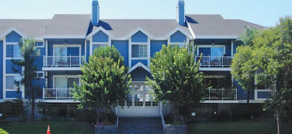 FrancisCorp_Encino-Gardens-Apartments building