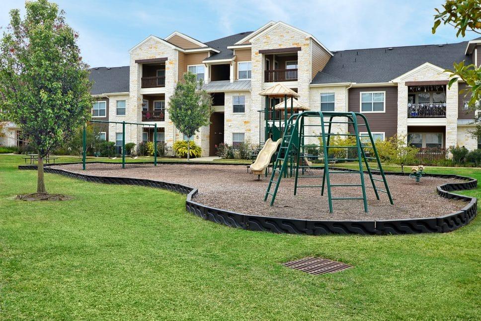 OakParkPlayground_Katy Texas Apartments